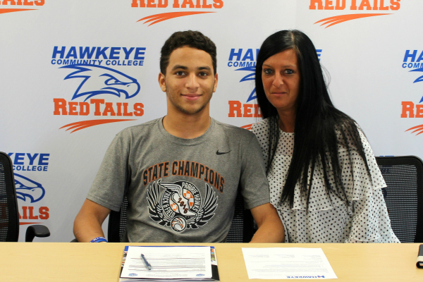 Hawkeye RedTails recruit Joah Banks with his mother, Lisa Hobart.