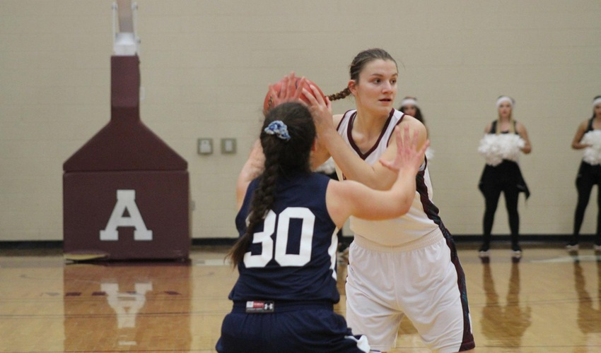 Hengesbach's Career Night Leads Scots To Victory