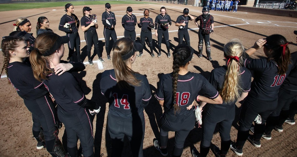Softball Falls Twice on First Day of Silicon Valley Classic