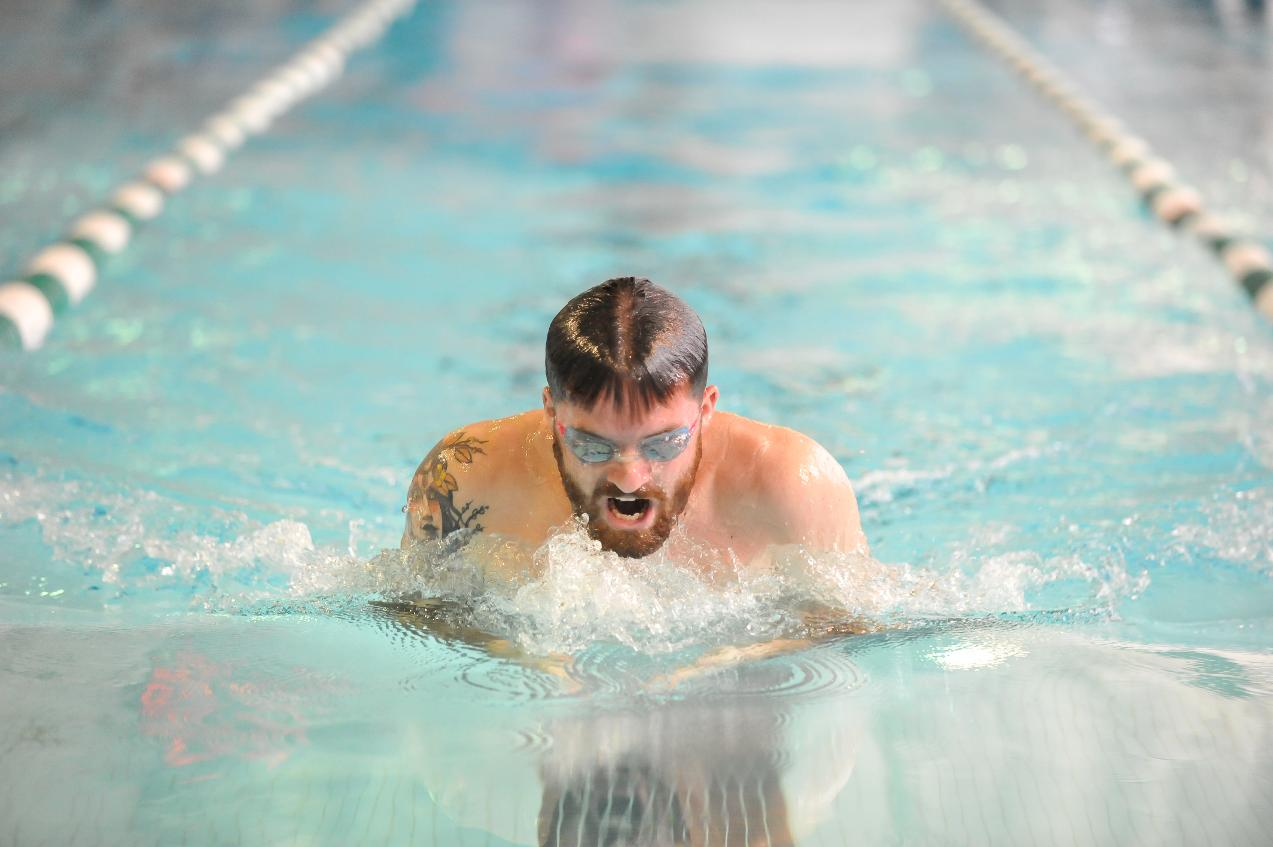 Men's Swimming Downs Colby-Sawyer