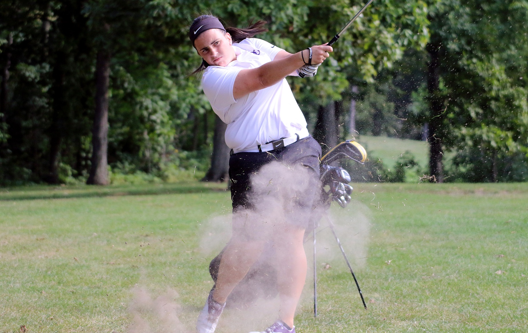 Aslanian Places Fourth at Trine University Kick-Off