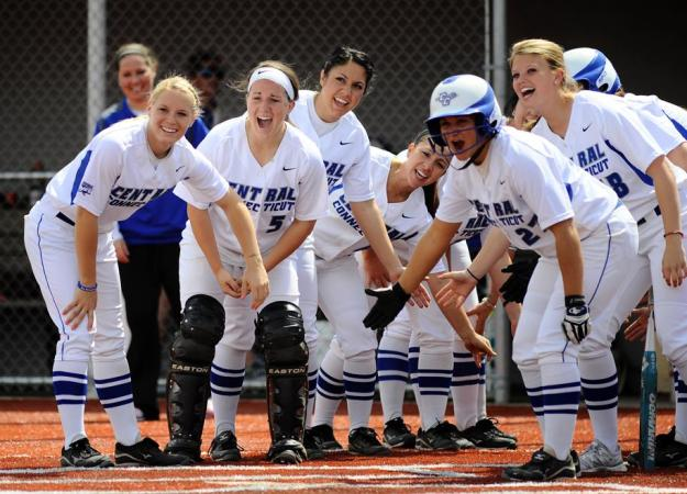 Softball Ranked 3rd in NEC Preseason Poll
