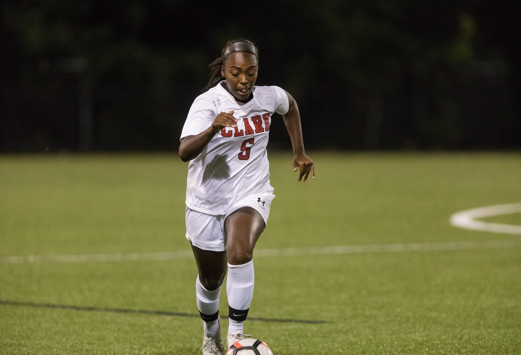 Soccer Plays to 0-0 2 OT Draw With Mount Holyoke