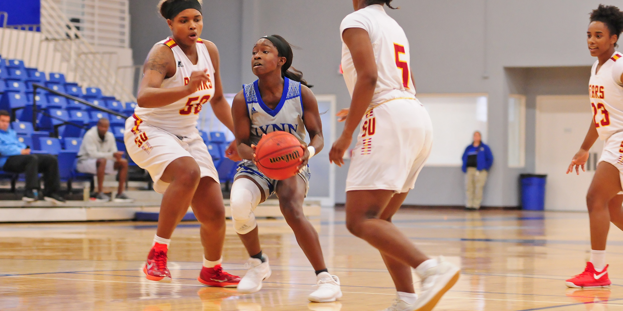 Late Free Throws Lift Women's Basketball to Victory
