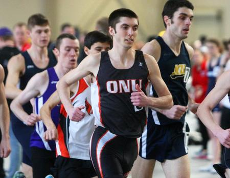 Men's Indoor Track & Field team finishes third of 10 at 2015 OAC Championships
