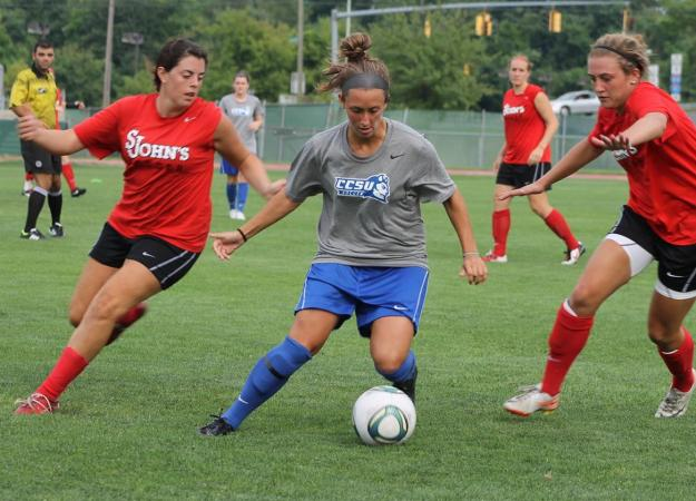 Women's Soccer Faces St. John's - Gallery