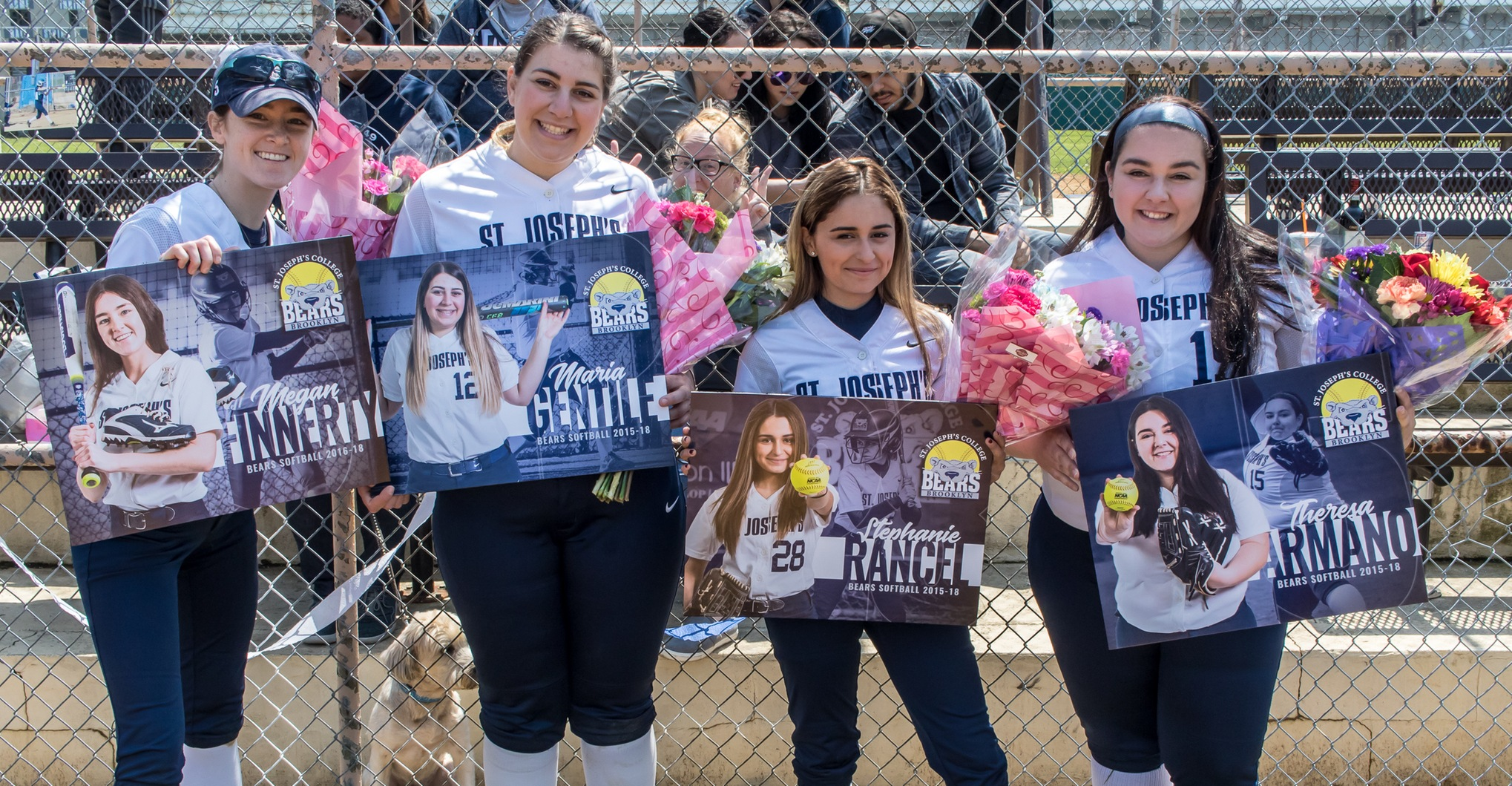 Softball Celebrates Senior Day With Sweep of Baruch