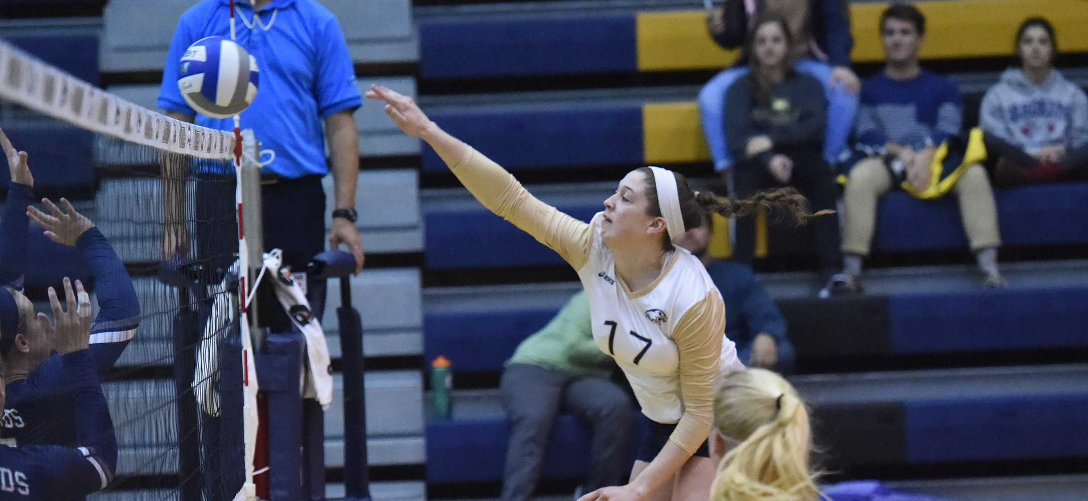 Eagles Soar Past Greyhounds Into Landmark Championships, Moroney Gets 1000th Kill