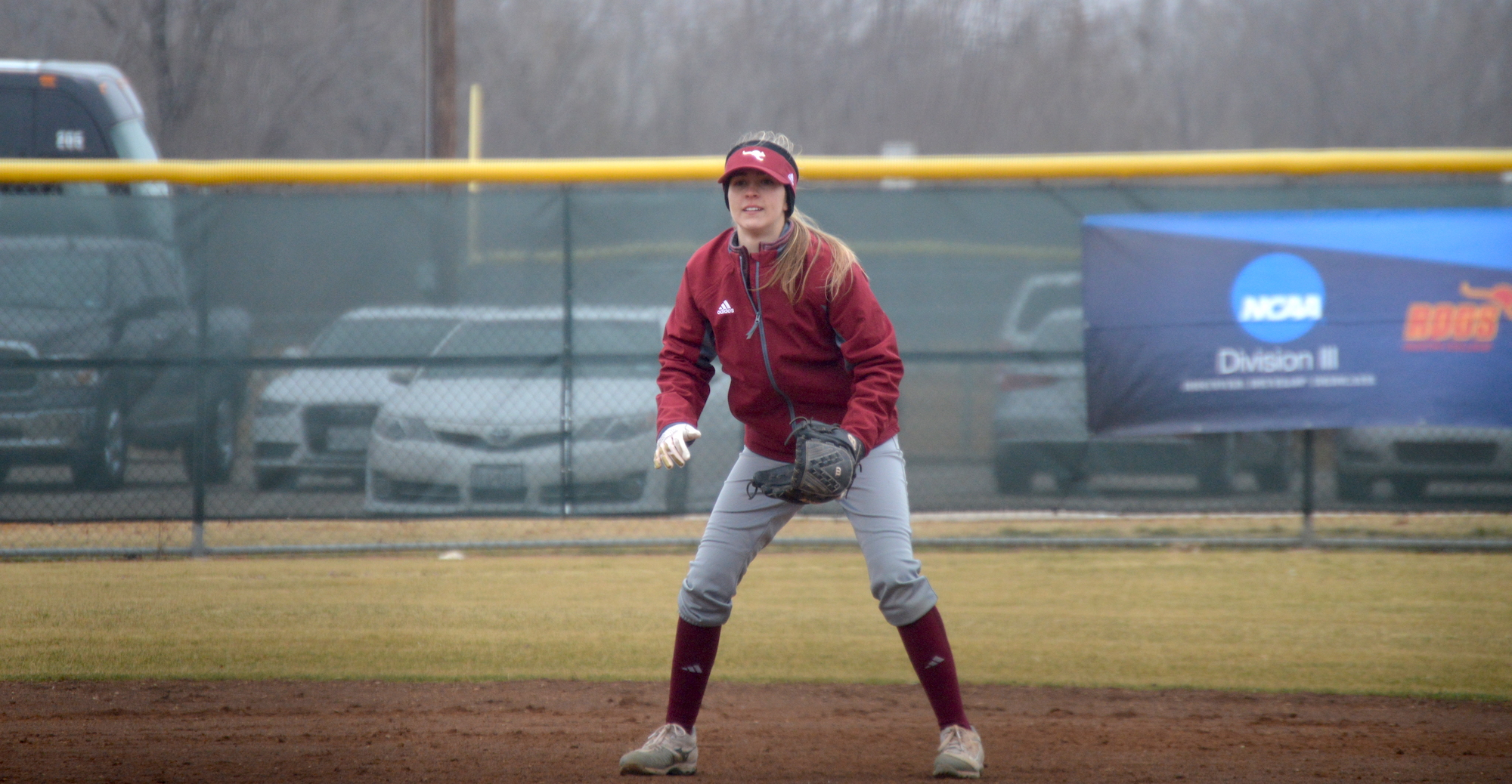 'Roo Softball Falls Short Against Hendrix