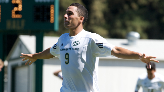 MEN'S SOCCER PLAYS TO 1-1 DRAW WITH SEATTLE