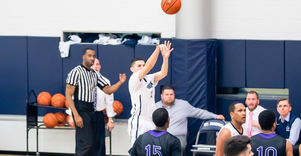 Farmingdale State Stymies Men's Basketball to Remain Undefeated in Skyline