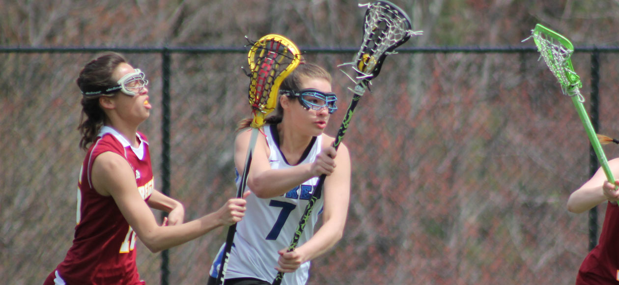 Wentworth Claws Past Women's Lacrosse, 8-7