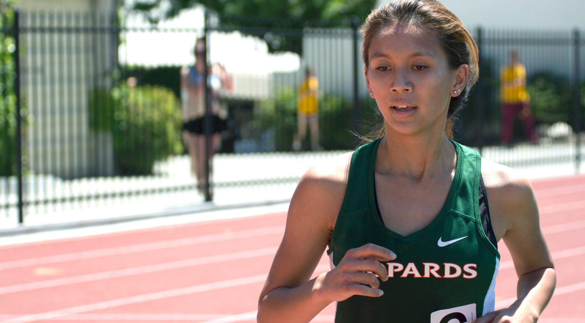 Cerrillos takes mile at Westmont meet