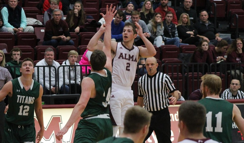 Men's Basketball Falls to Wisconsin-Platteville