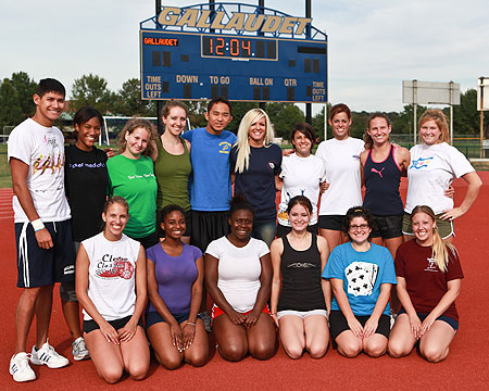 Former NFL cheerleader meets and greets Gallaudet cheer squad