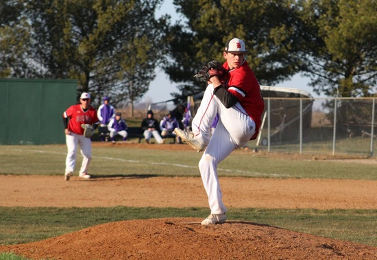 Sandlin and Stepp Pitch Beavers to Conference Sweep