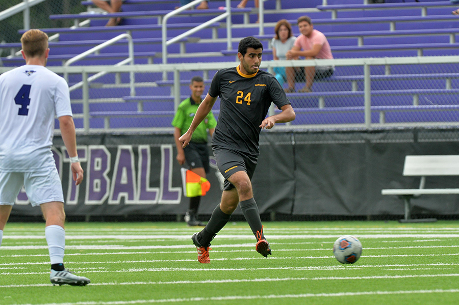 Men's Soccer Shuts Out Curry in CCC Quarterfinals