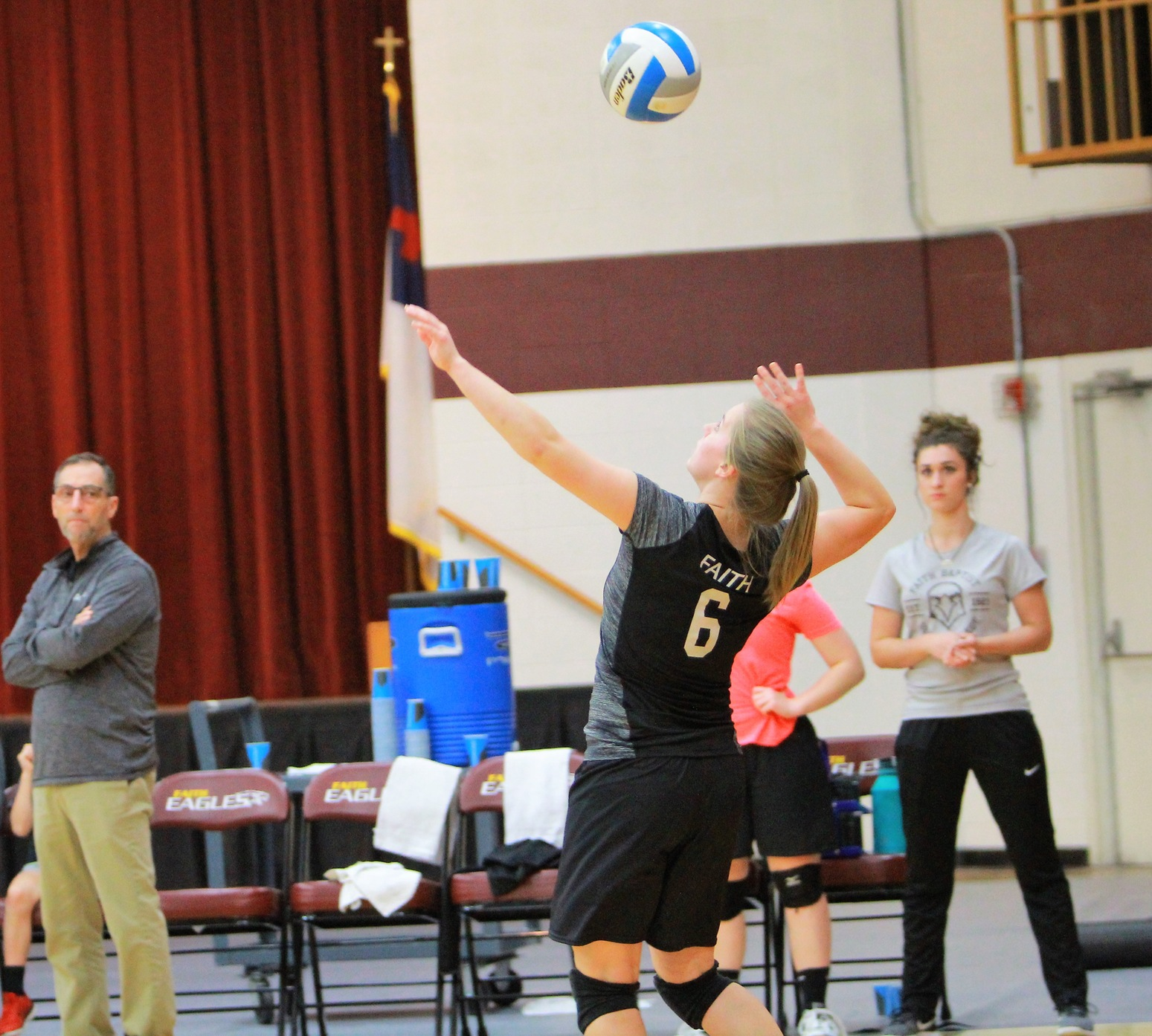 Faith Fights Hard, but Loses in Four Sets to Moody Bible in Regional