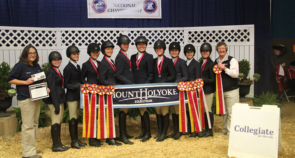 Riding Earns Reserve Champion Honors at 2016 IHSA National Championships