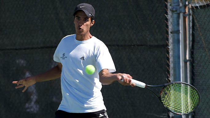 MEN'S TENNIS KNOCKS OFF UMBC, 4-2