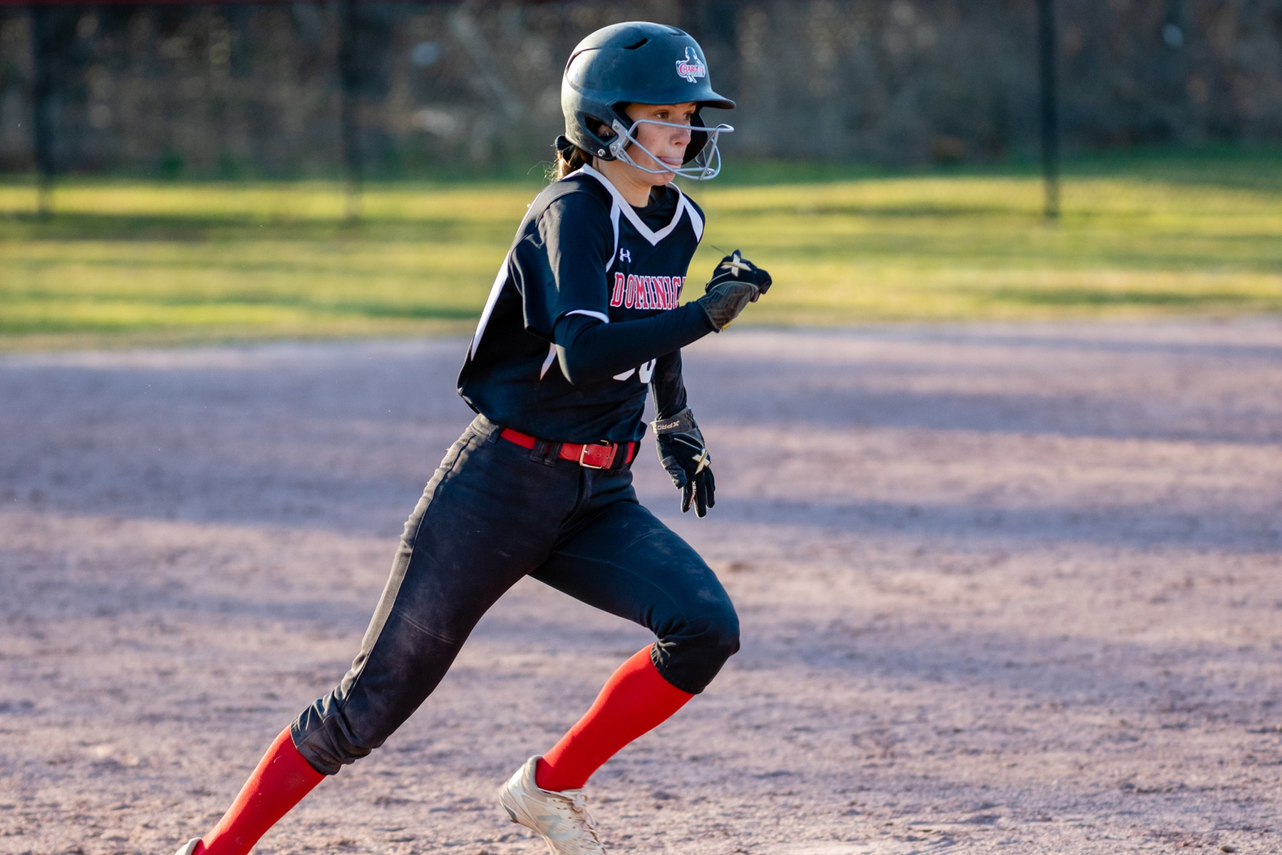 LADY CHARGERS SPLIT DH WITH GRIFFINS