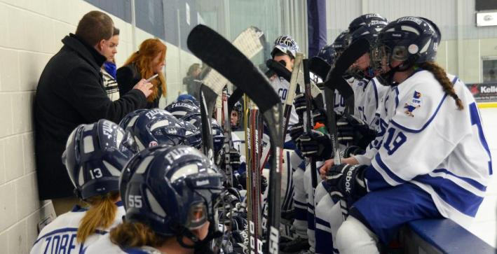 Nine Women's Hockey players earn NCHA All-Academic honors