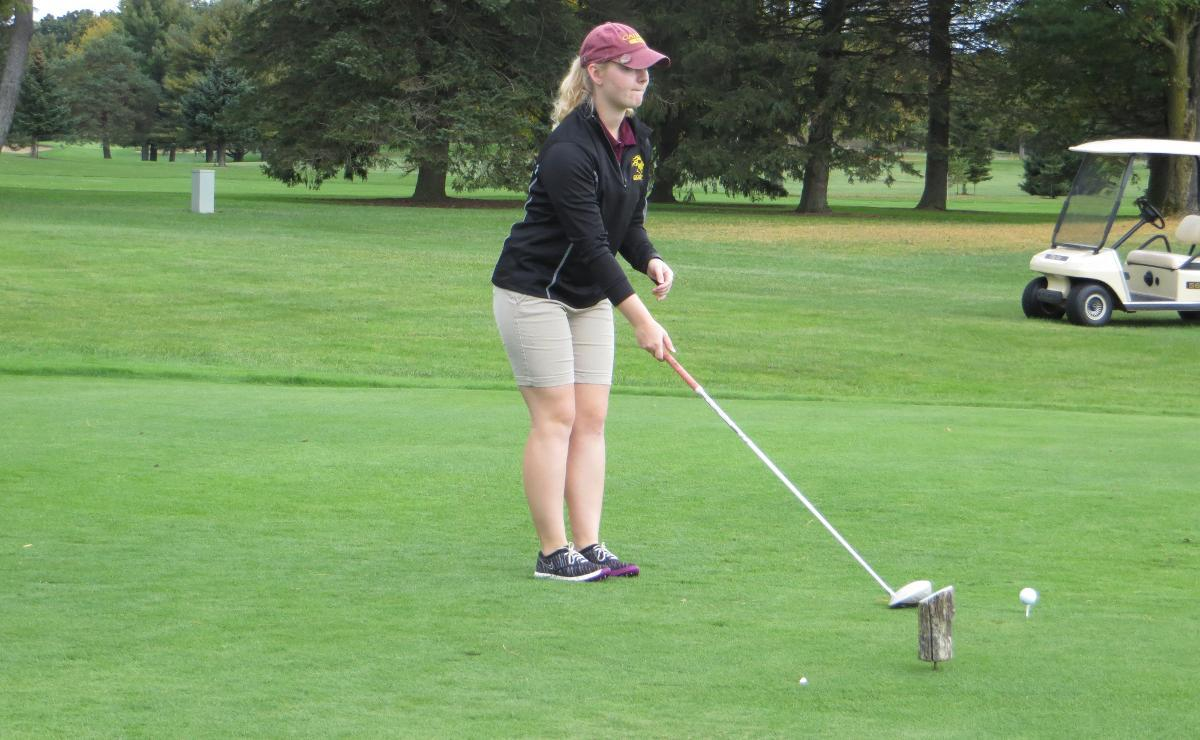 Women's Golf Falls to Hope in Match Play