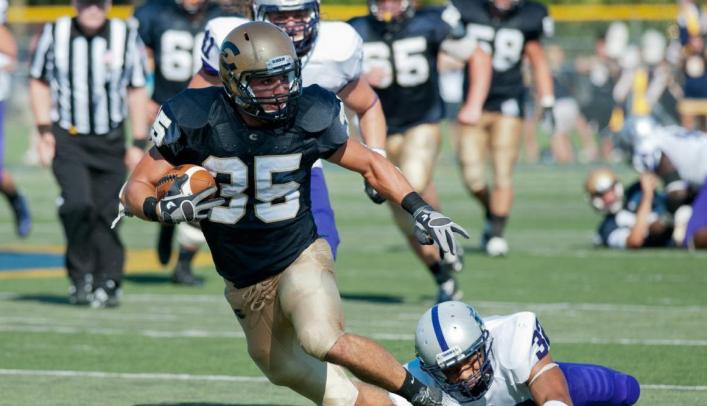 Football Falls in Non-Conference Game at Platteville