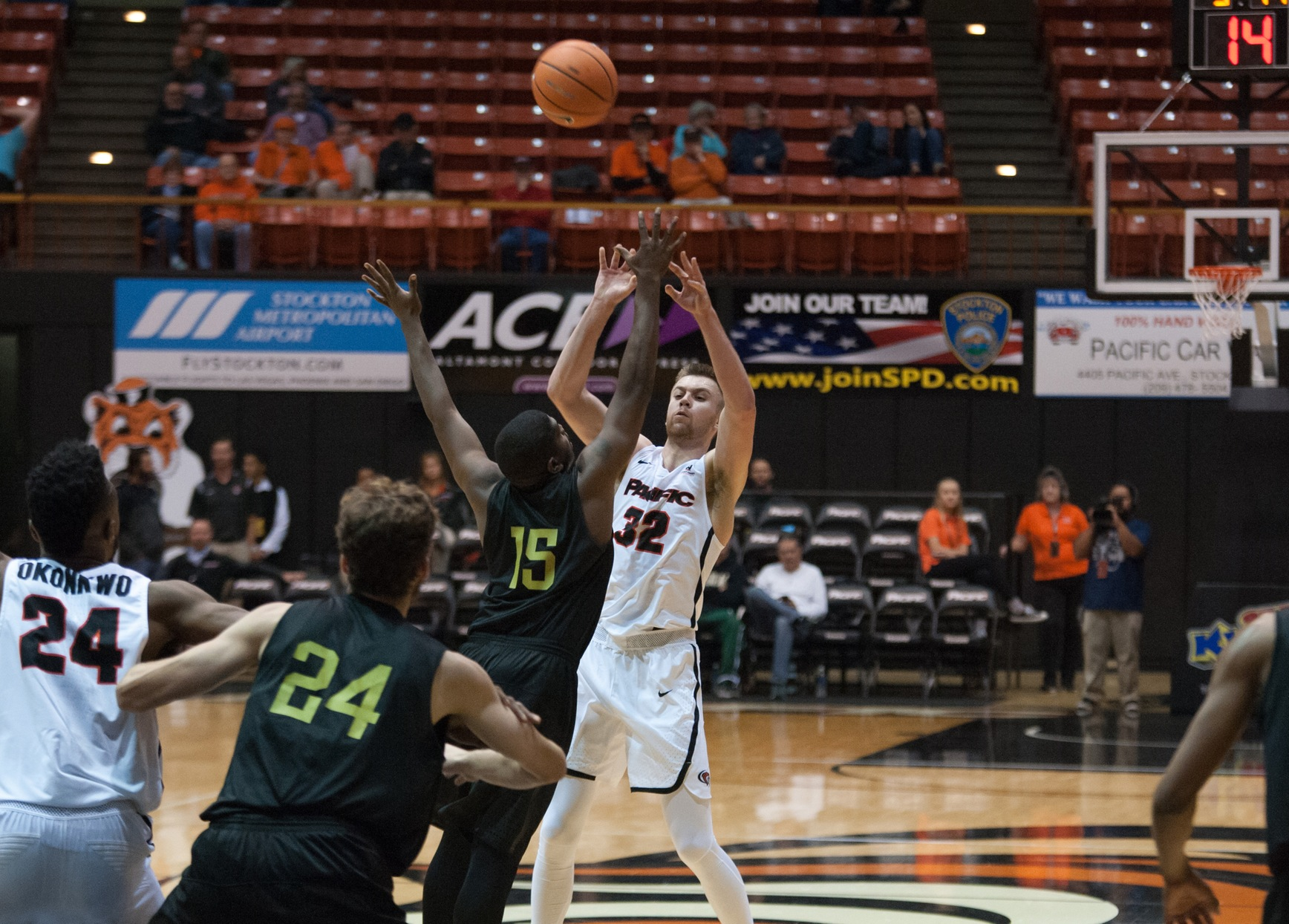 Pacific Moves to 2-0 in Men Against Breast Cancer Showcase