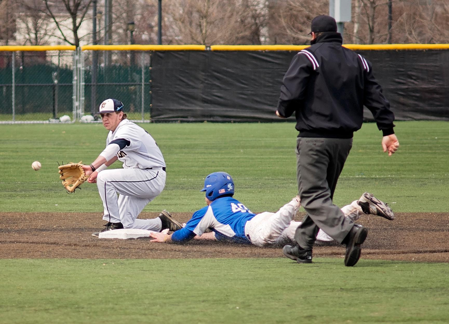 Two Non-Conference Games Prep Baseball for GNAC Filled Weekend