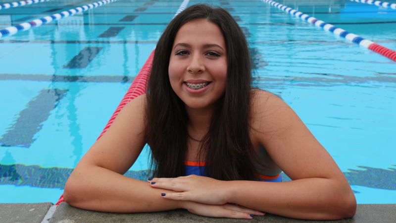 Freshman Jessica Carmody was a part of three Top 5 finishing relay teams, and finished in 8th in the 200 Breast at the 2017 Chaffey Invite.