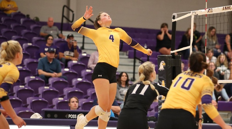 Eagles Roll To Sweep of Illinois Springfield