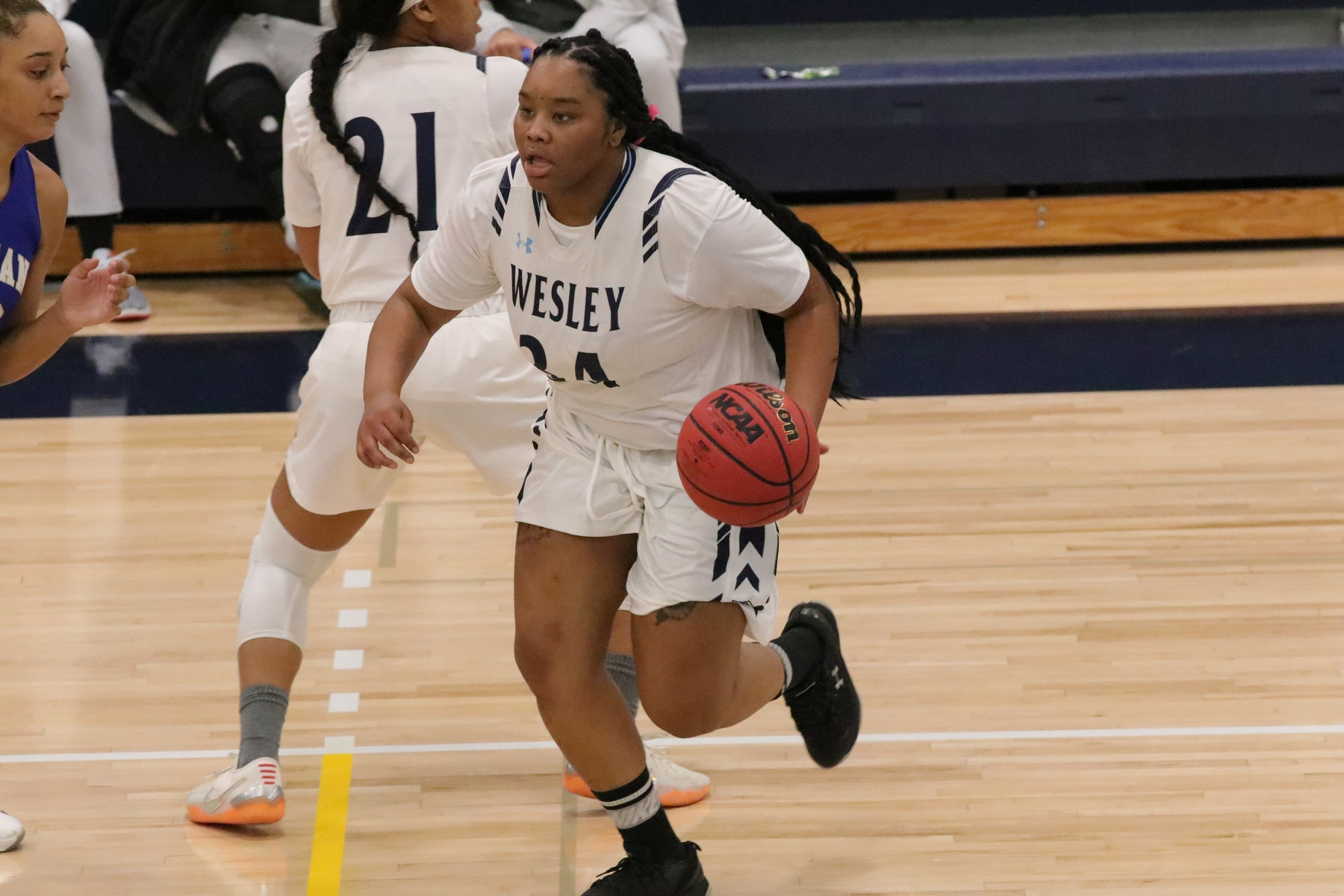 Women's Basketball Stumbles at Salisbury