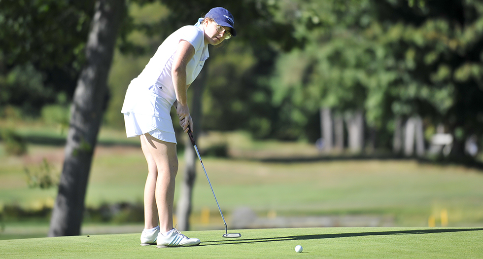 Golf Finishes Sixth at Vassar College Invitational