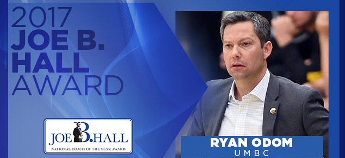 Ryan Odom Earns Joe B. Hall Award as Nation's Top First-Year Head Coach