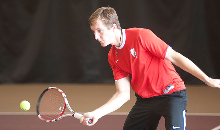 Men's Tennis Registers Decisive Home Win In Return To GLIAC Play