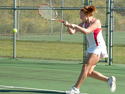 Women's Tennis Drops Road Encounter