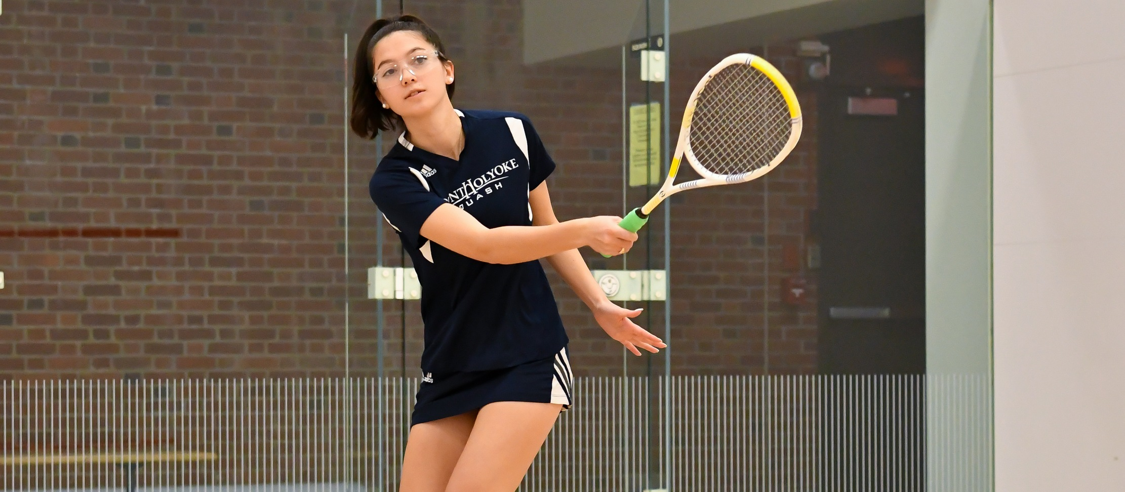 Squash Prevails Over Wellesley and Vassar to Begin Weekend