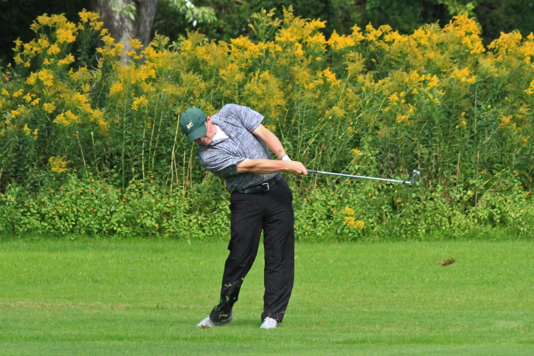 Men's Golf Sits In Third Heading Into Final Day Of NECC Championship