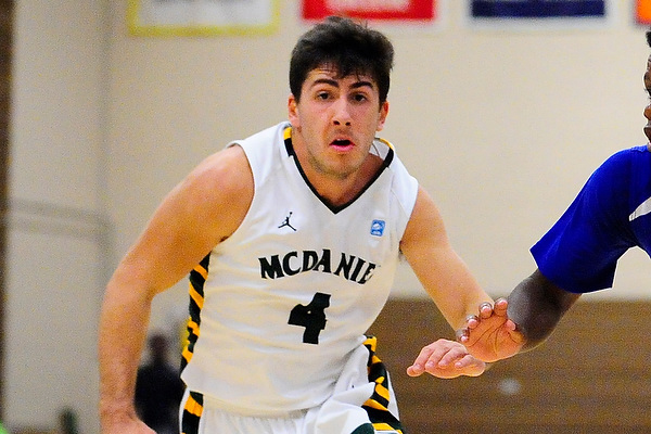 Merlo scores 16 in road win