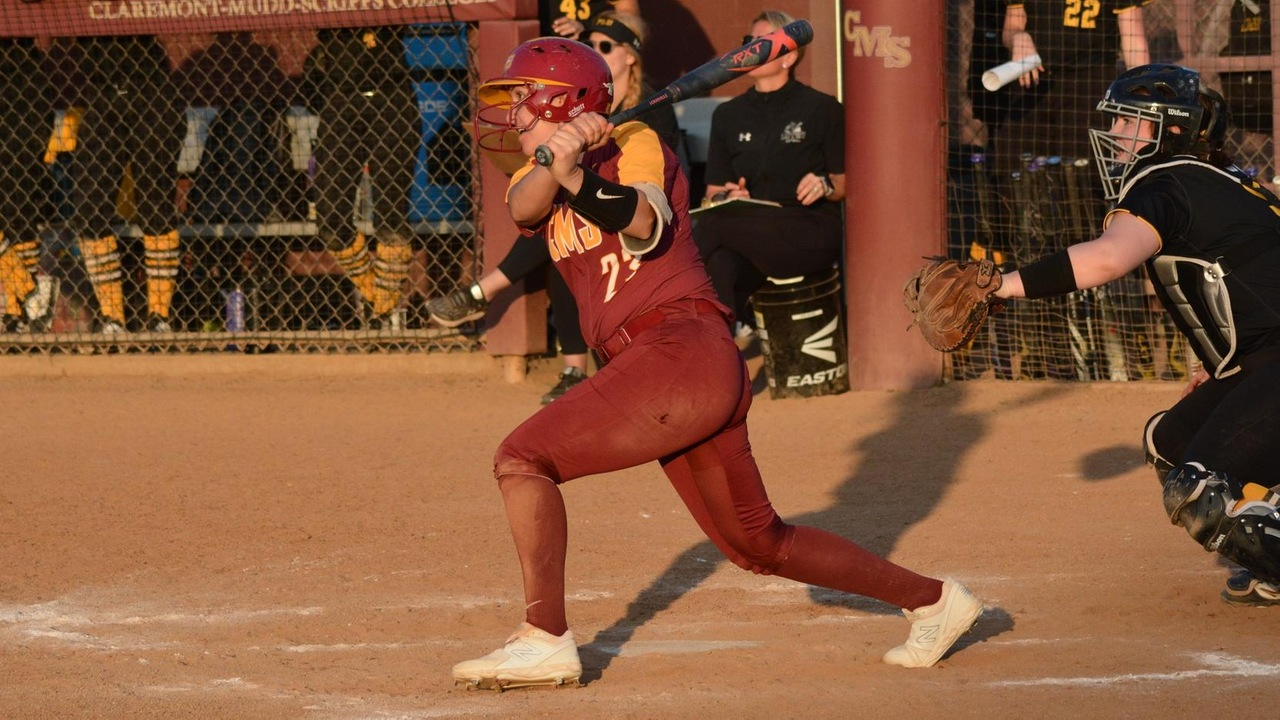 Maddie Valdez swinging the bat