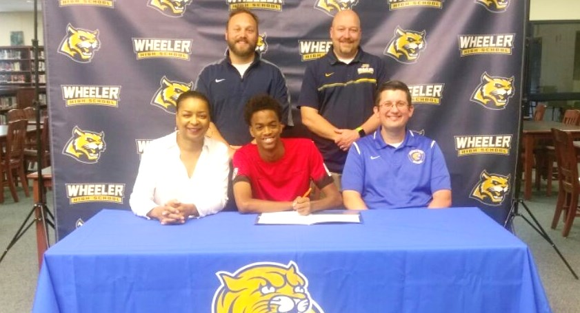 Honor Henderson Signs with JWU Men's Soccer