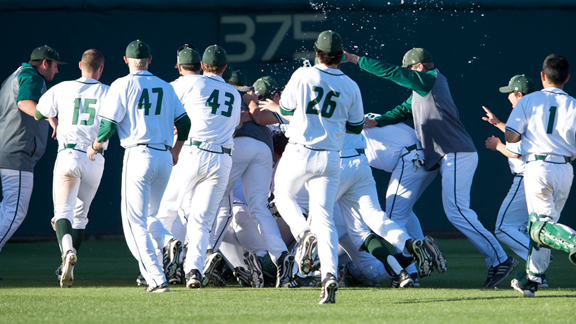 BASEBALL OUTLASTS SEATTLE U 4-3 IN 15 INNINGS