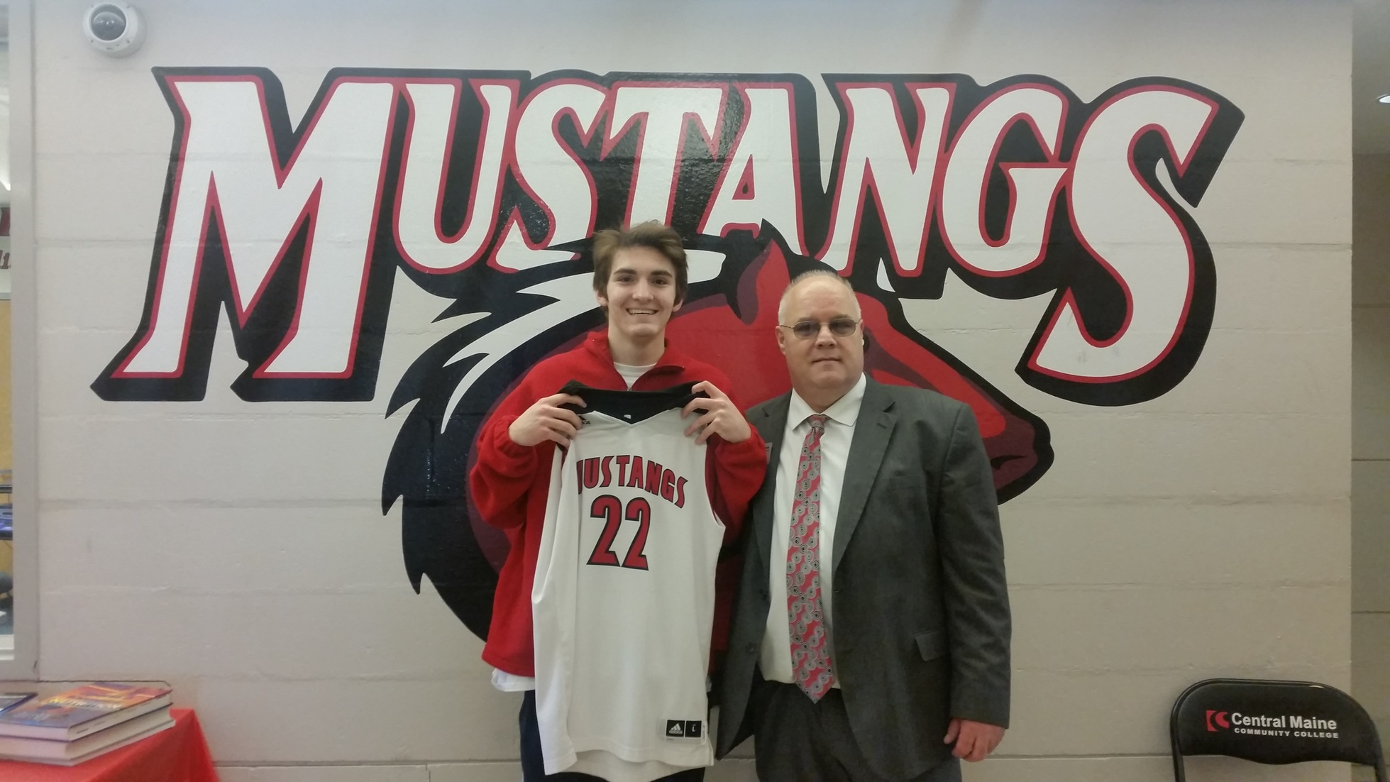 Mustangs Add Sharpshooter to their Lineup