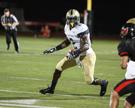 D3football.com recognizes Gallaudet's Tony Tatum with Play of the Week, Team of the Week honors