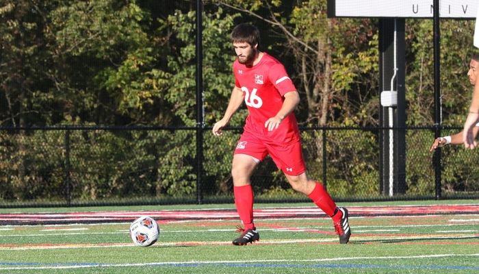 Men's Soccer stung by Yellow Jackets
