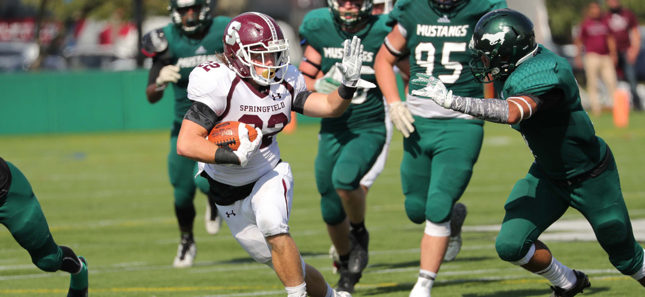 Football Races Past Mount Ida, 66-20