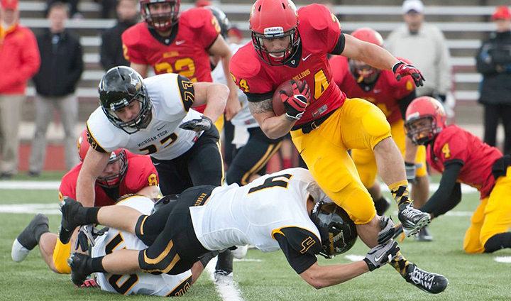 Bulldog Football Snaps 10-Year Skid With Win Over #22 Michigan Tech
