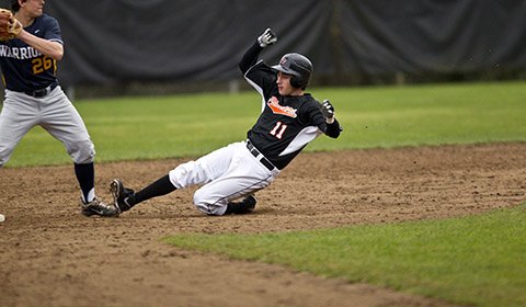 Baseball Falls in Final Game at PLU 6-4