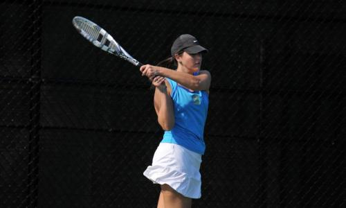 Women's Tennis Win Third Straight